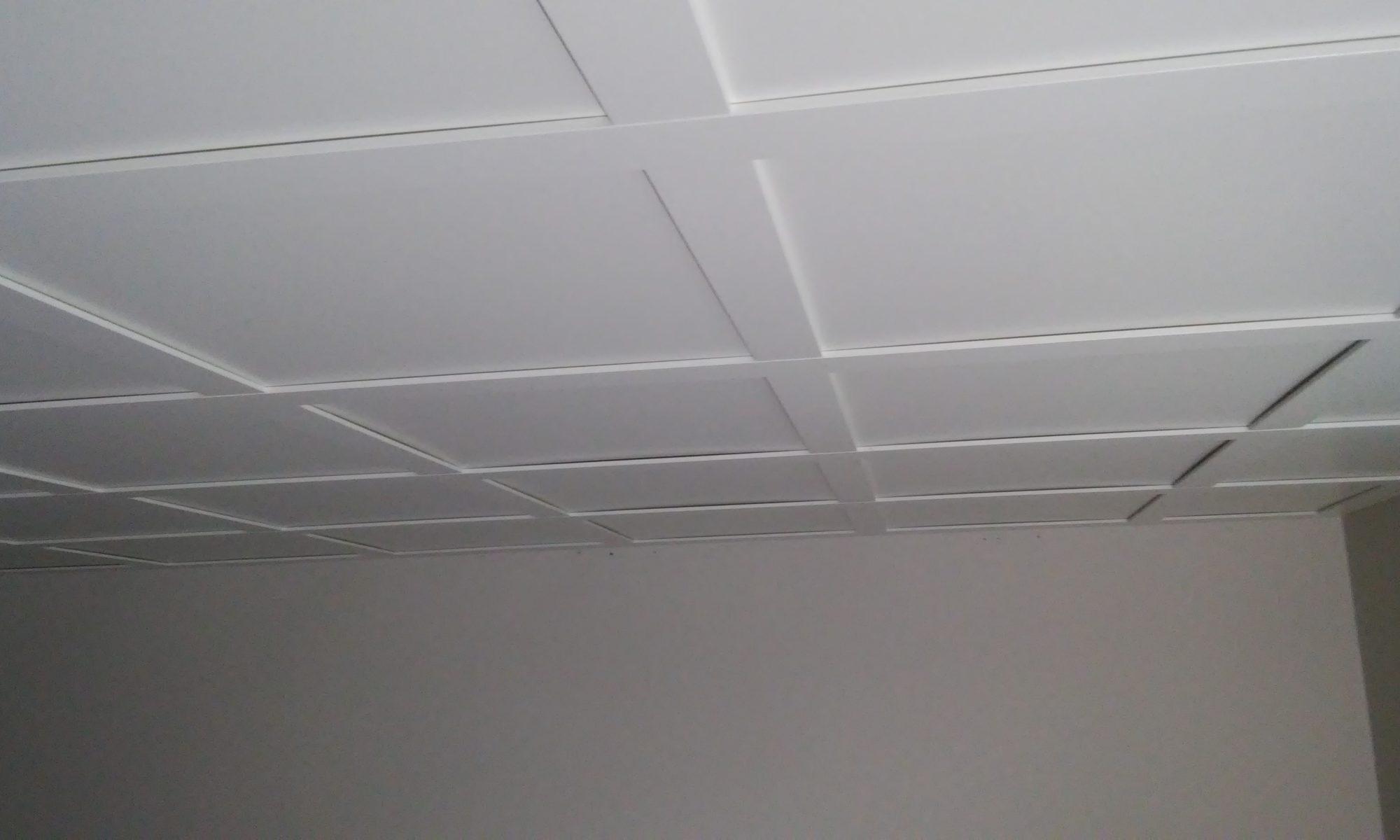 plafond suspendu embassy b titelle inc. Black Bedroom Furniture Sets. Home Design Ideas